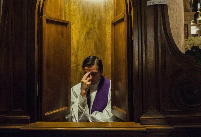 perchè confessarsi la confessione fatta ad un sacerdote