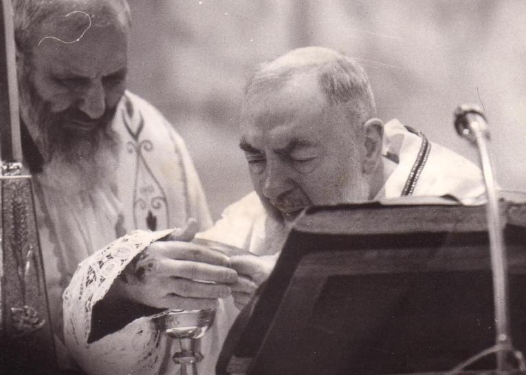 Padre Pio e le anime del Purgatorio: Tutto avvenne là