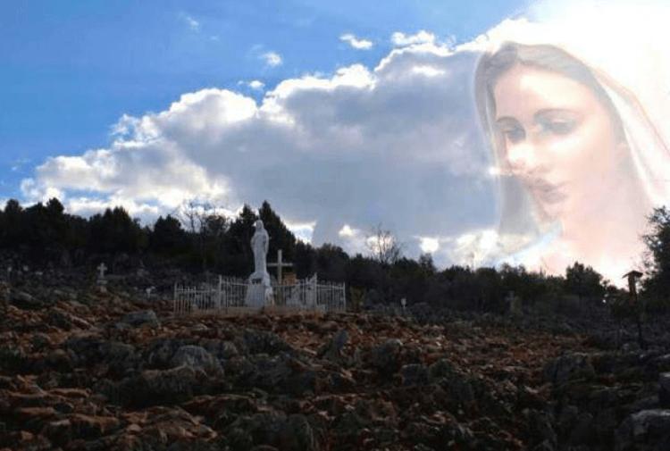 Satana urla e si dispera davanti alla Regina della Pace e si parla del Papa