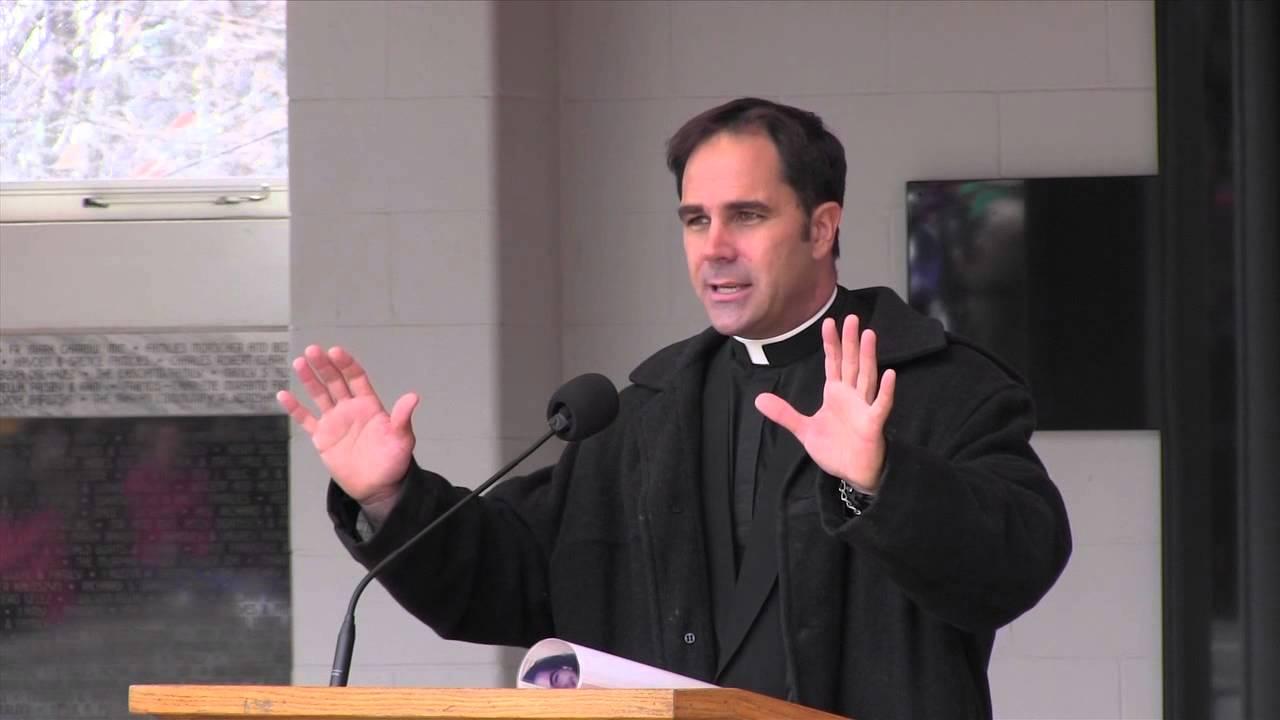 Donald Calloway da tossicodipendente a sacerdote