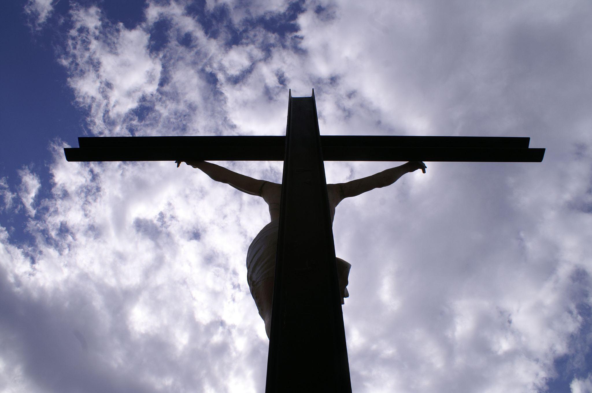la sofferenza di Cristo sulla croce