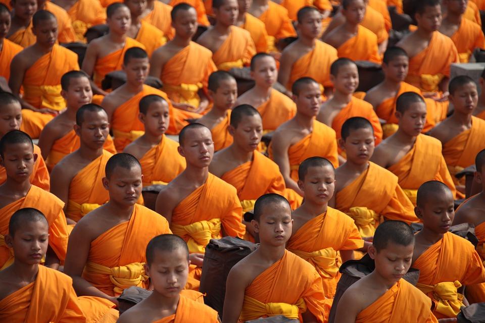 Monaco Buddista muore, vede l'inferno e torna per parlarci di Gesù