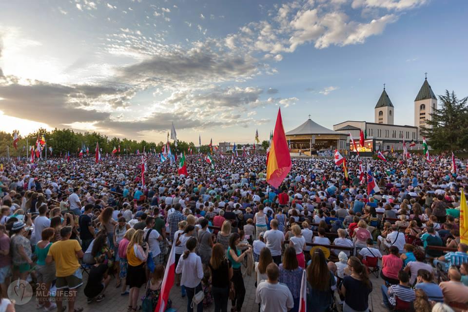 7 giorno: Preghiamo per tutti i centri e i gruppi di preghiera di Medugorje sparsi nel mondo