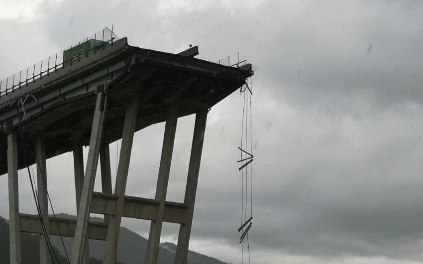 ponte spezzato, il ponte morandi crollato