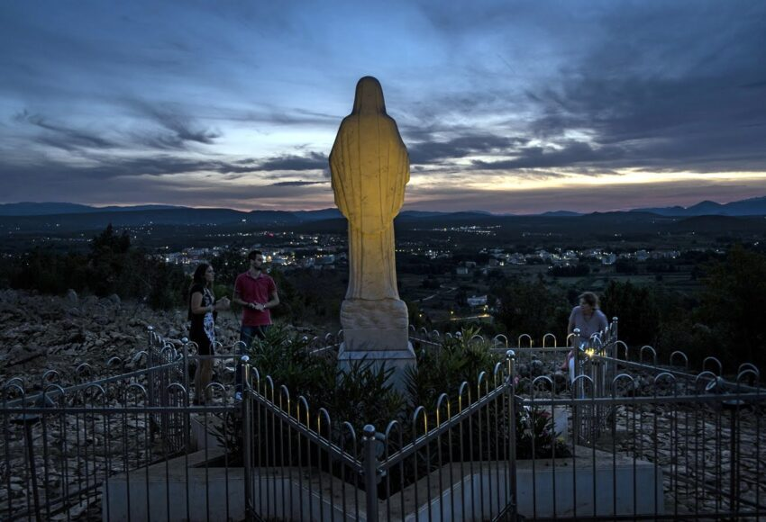 A Medjugorje la Madonna opera miracoli che si estendono in tutto il mondo