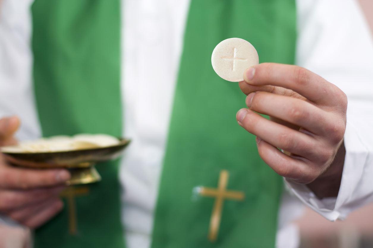 Gesù Eucaristia deve vivere dentro di noi