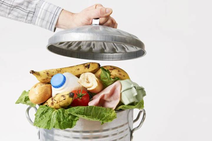 Accumuliamo e sprechiamo il cibo mentre c'è chi muore di fame