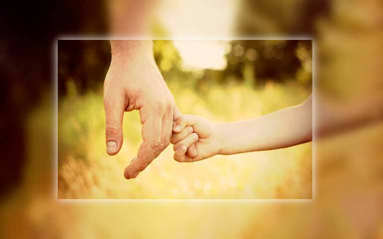 Prendici per mano o Maria e guidaci sulla via della salvezza