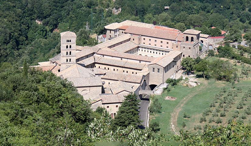 Il boom dei monasteri nei canali social
