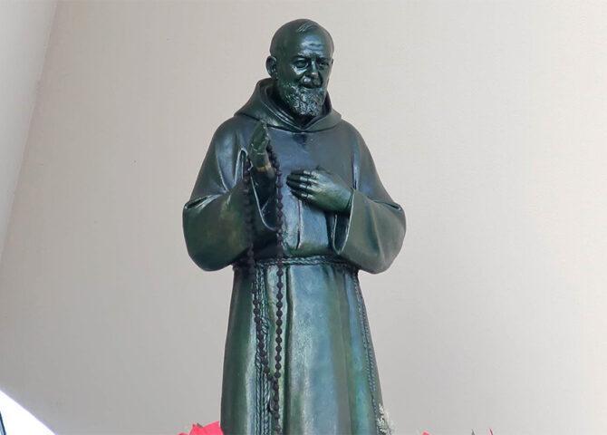 abbandonati da Padre Pio