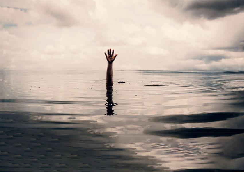 Gli spiriti dissero: Deve morire affogata, il suicidio tra i giovani